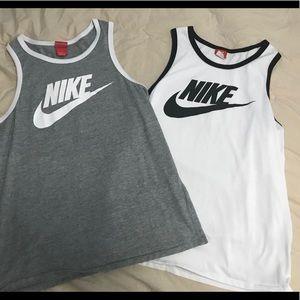 🔥Bundle of 2 Nike Tank-tops Large🔥